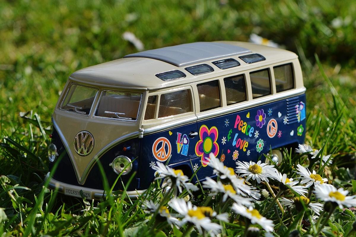 Volkswagen Transporter, un poco de historia (II). Del mito al cine.